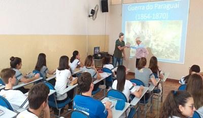 Alunos do 2º ano Médio têm palestra com o professor Ivan  Pereira Barbosa