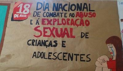 Dia Nacional de luta e prevenção contra a exploração sexual infanto-juvenil.